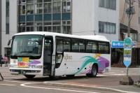 駅前バス停車1.JPG